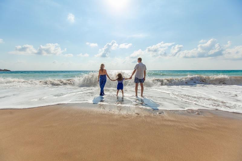 integración en una familia anfitriona: cuidar los modales